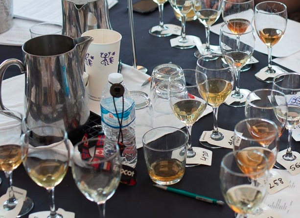 Mead Tasting Event: 5 easy steps to hosting a fun and classy mead tasting.